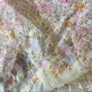 Accessories - Floral made in Italy sheer scarf
